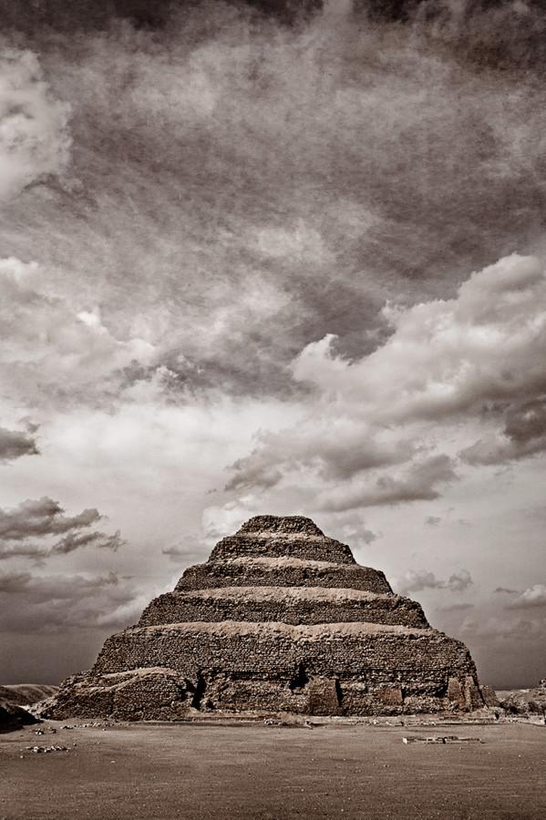Pirámide-Escalonada