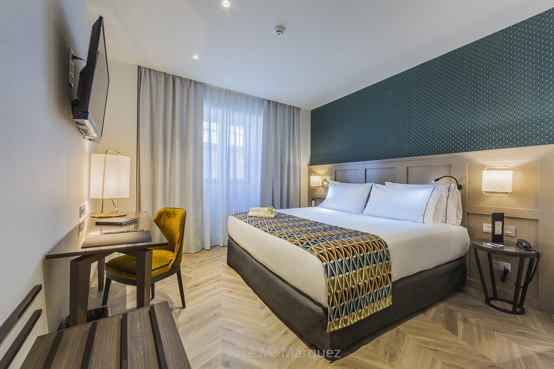 Habitación Hotel Juan Miguel. Fotografía interiorismo y decoración. Fotógrafos Granada